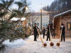 02-olaga-winter-christmas-market-c-tvb-kronplatz-photo-alex-filz